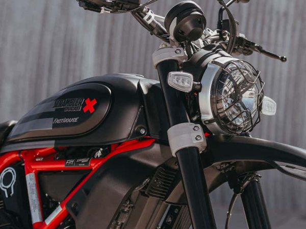 Ducati ลุยทะเลทรายคันใหม่พาผมไปสัมผัส Scrambler