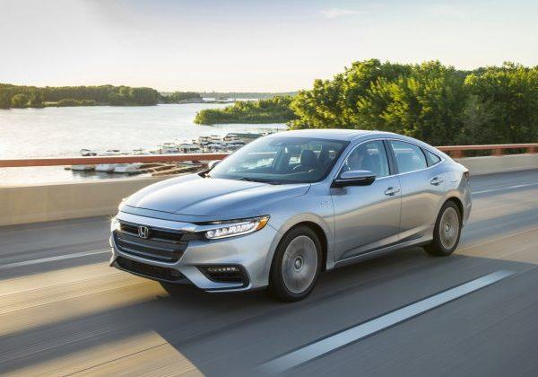 2021 Honda Insight : รถยนต์ที่ดีที่สุดภายใต้ $25,000 ปี 2021