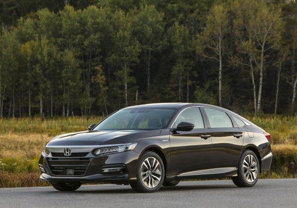 2021 Honda Accord Hybrid : รถยนต์ที่มีไมล์สะสมแก๊สดีที่สุดในปี 2564