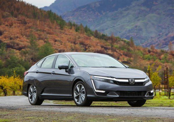 2021 Honda Clarity : รถยนต์ที่มีไมล์สะสมแก๊สดีที่สุดในปี 2564
