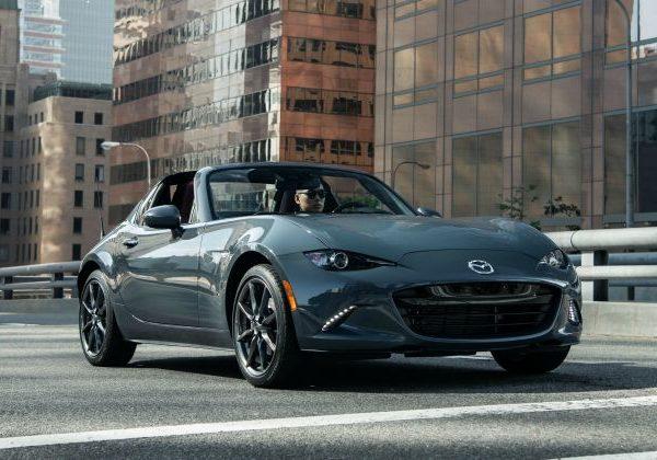 2020 Mazda MX-5 Miata : รถยนต์ที่ดีที่สุดที่จะเปรียบเทียบกับ Mini Cooper 2021