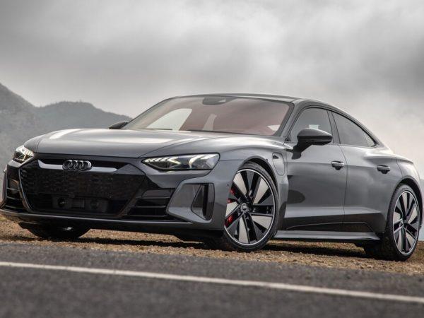 รถยนต์ในอนาคต: 2022 Audi E-Tron GT RS คือคู่แข่ง EV Supersedan