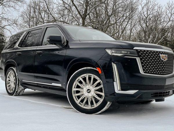 ที่มา: Chevy Tahoe, GMC Yukon, Cadillac Escalade ได้รับการเติมพลังอย่างเป็นทางการ