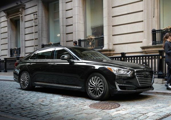 2020 Genesis G90 :รถยนต์ที่มีไฟหน้าดีที่สุดสำหรับปี 2021