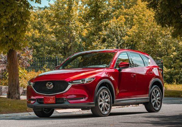 2020 Mazda CX-5 :รถยนต์ที่มีไฟหน้าดีที่สุดสำหรับปี 2021