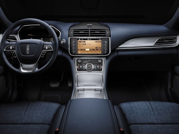 2020 Lincoln Continental : การตกแต่งภายในรถที่มีสีสันที่สุด