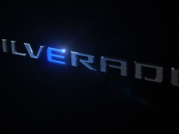 รถยนต์แห่งอนาคต: Chevy Silverado EV จะนำสายฟ้ามาสู่สายฟ้าของ Ford